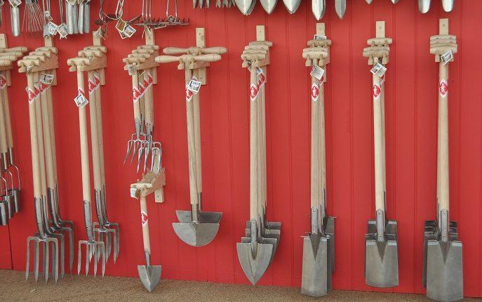 Podstawowe narzędzia ogrodnicze