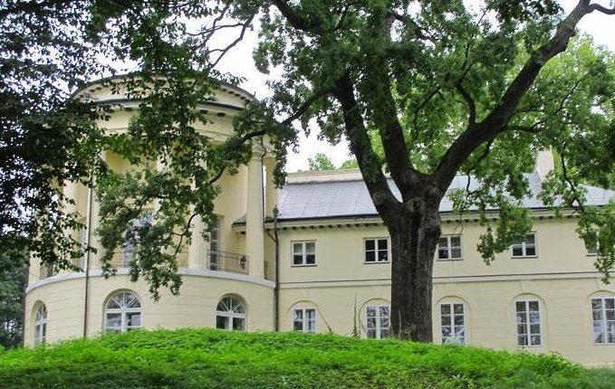 Pałac w Zarzeczu oraz ogród angielski Magdaleny Morskiej